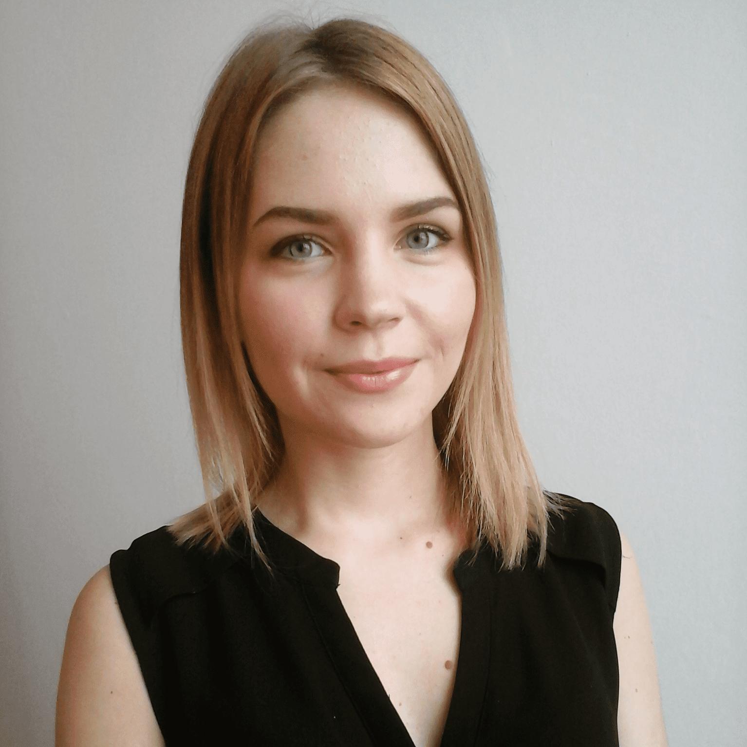 Евгения Топова